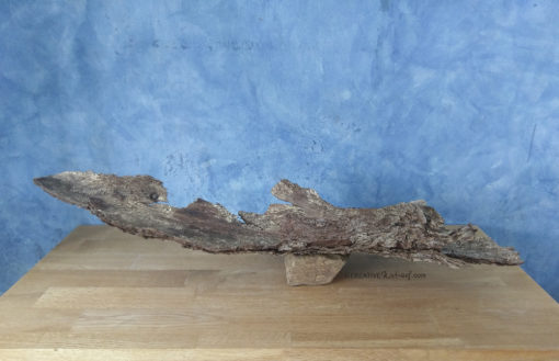 Buchdruckerstory 1, Tischobjekt aus Wildholz, mit Naturstein