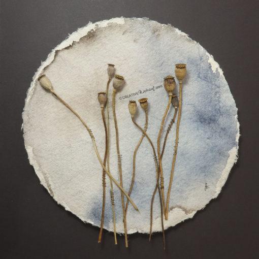 """""""Moohnd"""", Draufsicht nah, von Sandra Egert, Close-up-Serie, Wandobjekt auf handgeschöpftem Papier, Ø 19cm , H 3 cm, aufgezogen auf Passepartoutkarton B 24 x L 30 cm"""